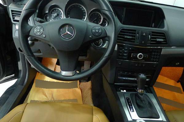 年11月 二手奔驰E260轿跑车 价格40.9万元高清图片