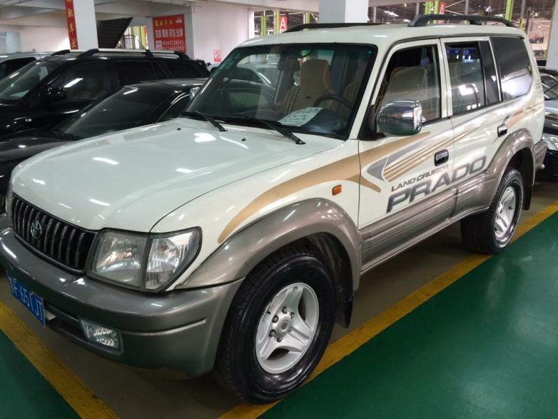 【南通】2009年2月 北汽 陆霸 2400 2.4 四驱标准型 白色 手动挡