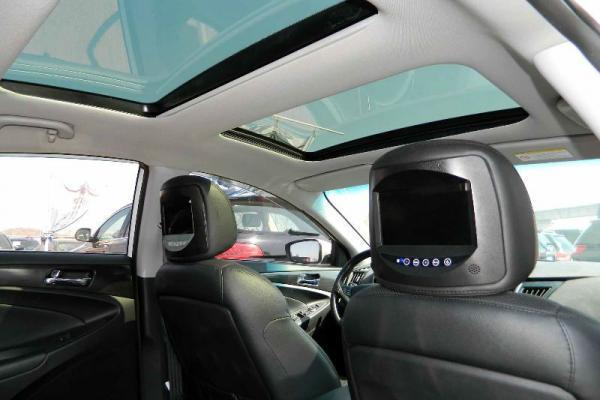 2012款现代索纳塔2.0自动全景天窗图片 3高清图片