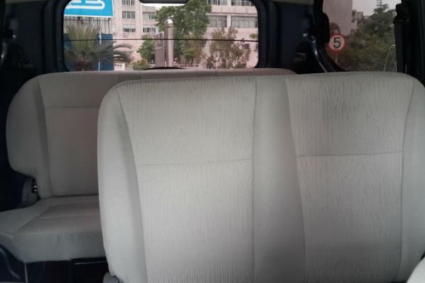 岗区横岗镇名驭二手车买卖市场 五菱宏光豪华版7座 价格5.3万元高清图片