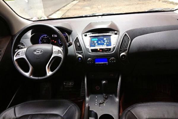 无钥匙进入,一键启动,全景天窗,巡航定速,原车dvd,gps导航,倒车影像