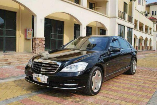 【常州】2011年12月 奔驰 s级 2011款的奔驰s600 黑色 自动档图片