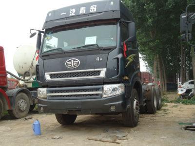 【济宁】2012年8月 青岛出售二手车解放新大威牵引车 红色 手动挡