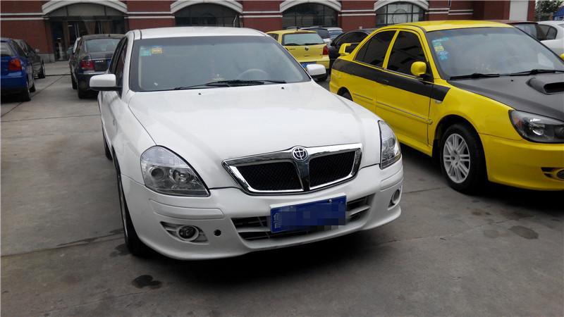 【上海】2009年11月 中华 尊驰 1.8t mt舒适型 白色 手动挡