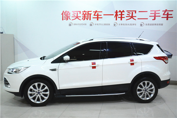 【郑州】2013年11月 福特 翼虎 1.6l gtdi 两驱风尚型 白色 自动档