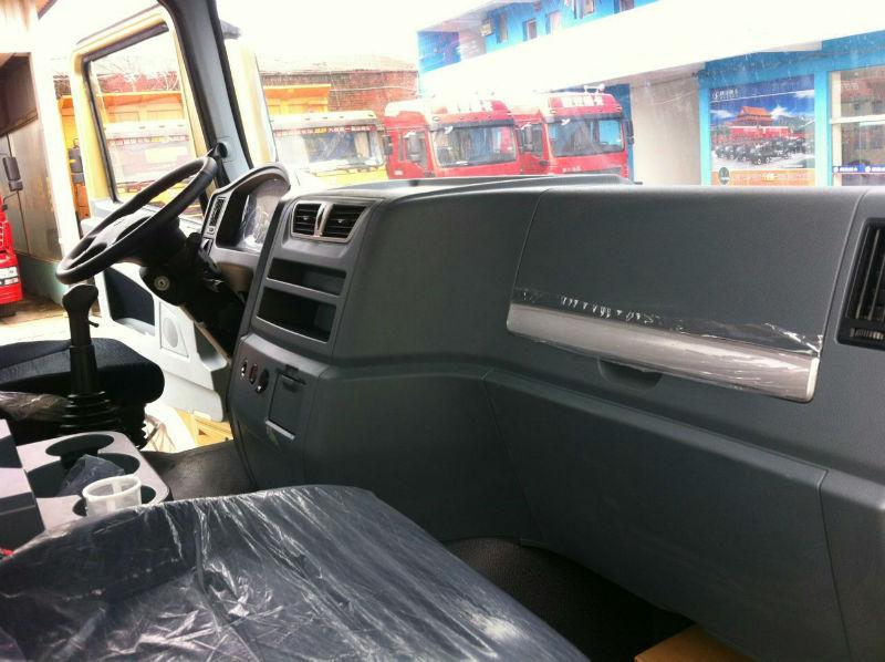 天窗:___              车窗:电动玻璃,后视镜电加热
