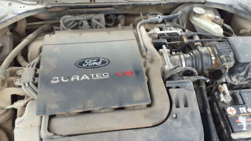 04年福特蒙迪欧2.5v6发动机水泵皮带怎么拆装?图片