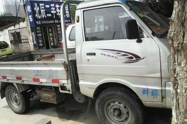 山东莱西市黑豹380柴油单排小货车最新报价和油耗.还有一个问题就是