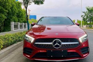 2019年10月 奔驰 奔驰A级  改款 A 200 L 运动轿车时尚型图片