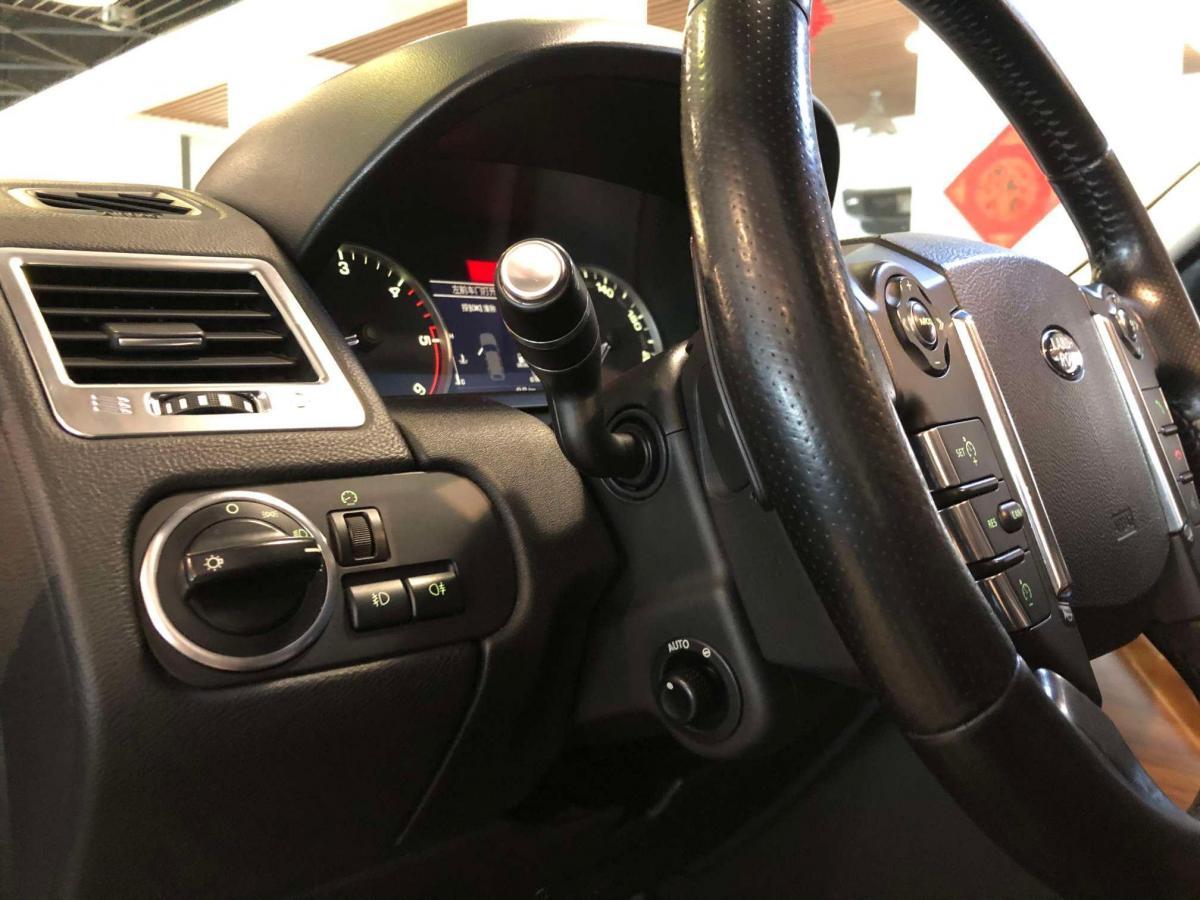路虎 揽胜运动版  2012款 3.0 TDV6 HSE 柴油版图片