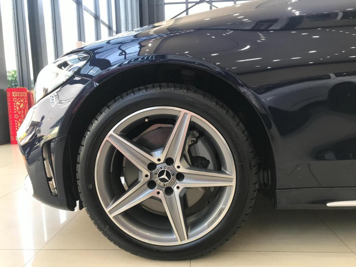 奔驰 奔驰C级  2019款 C 260 L 4MATIC 运动版图片