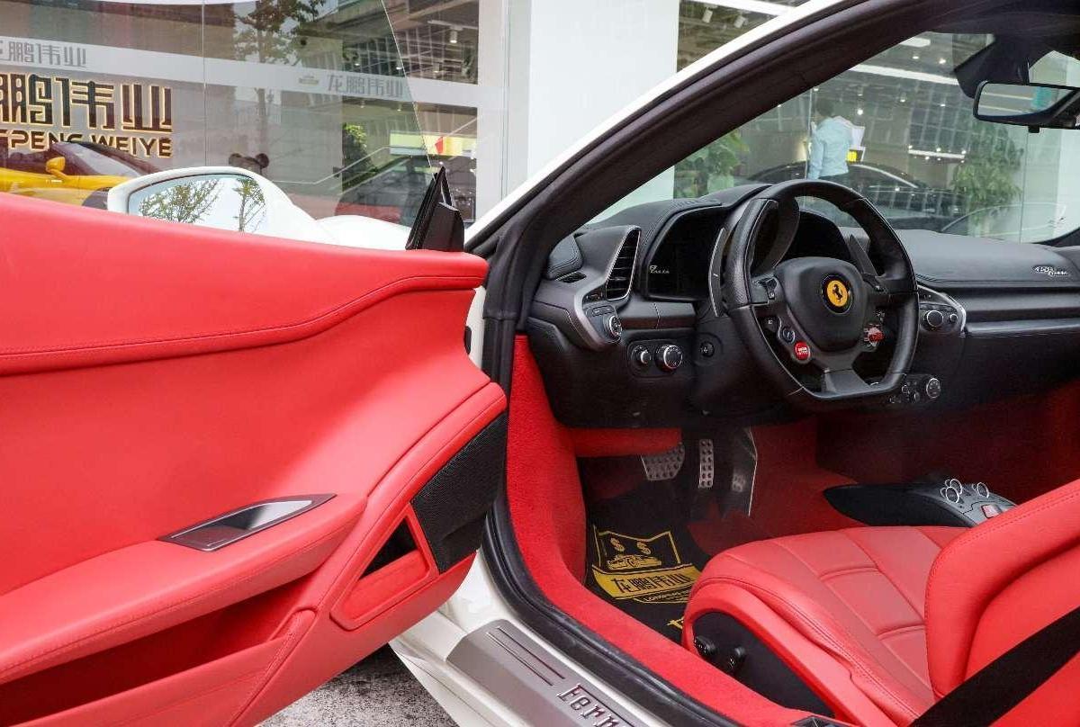 法拉利 458  2011款 4.5L Italia图片