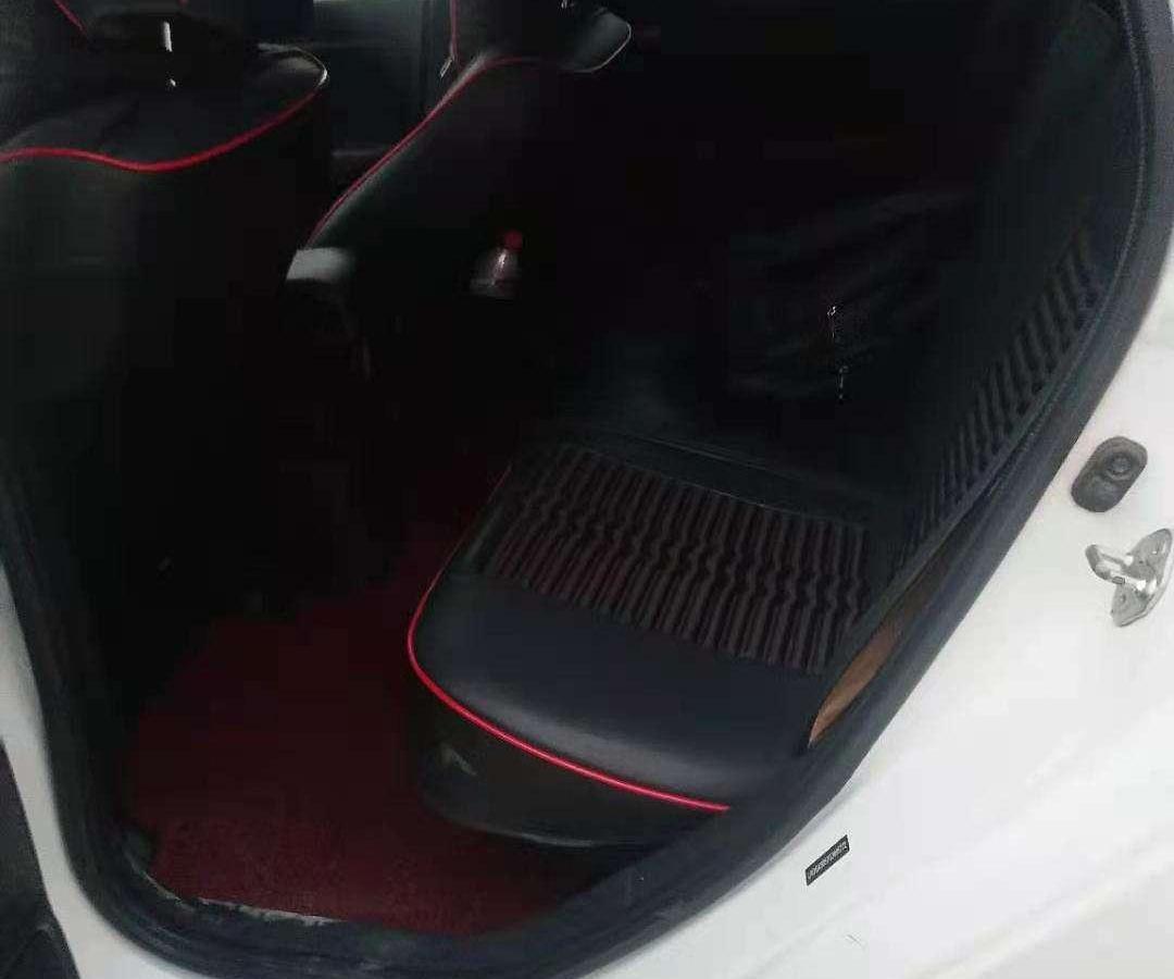 本田 飞度  2020款 1.5L CVT舒适版图片