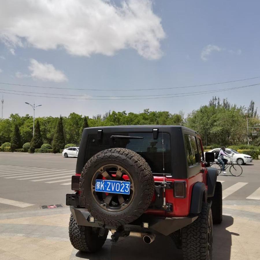 Jeep 牧马人  2013款 3.6L Sahara 两门版图片