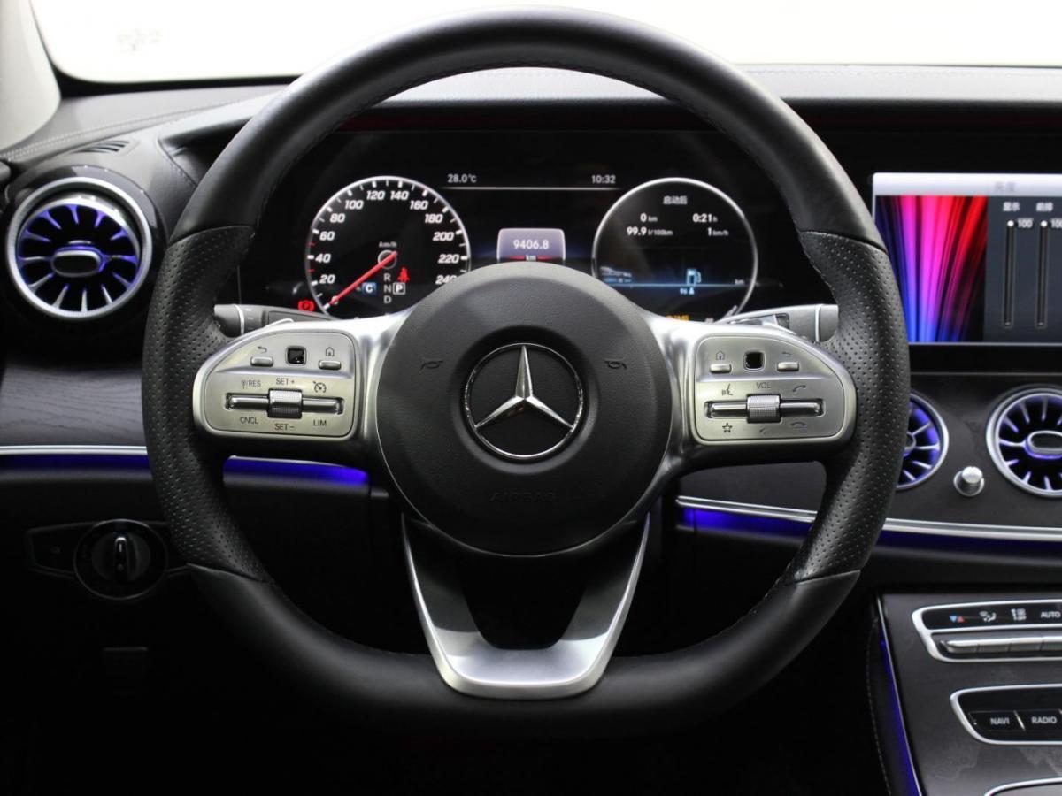 奔驰 奔驰E级  2019款 E 300 L 运动时尚型图片