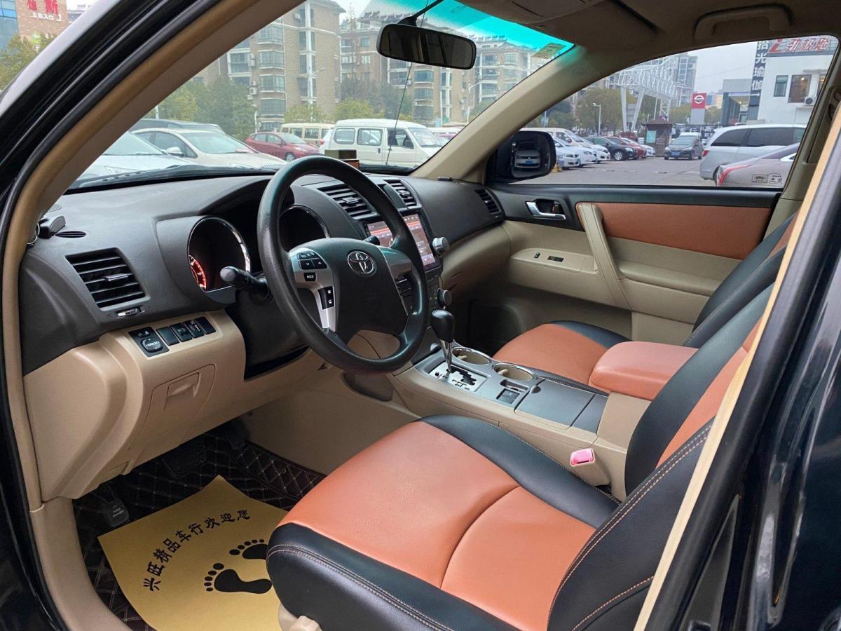 丰田 汉兰达  2012款 2.7L 两驱7座精英版图片
