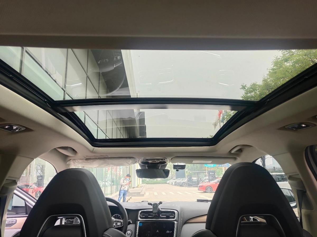 领克 领克01  2019款  2.0T 两驱型Pro版 国VI图片