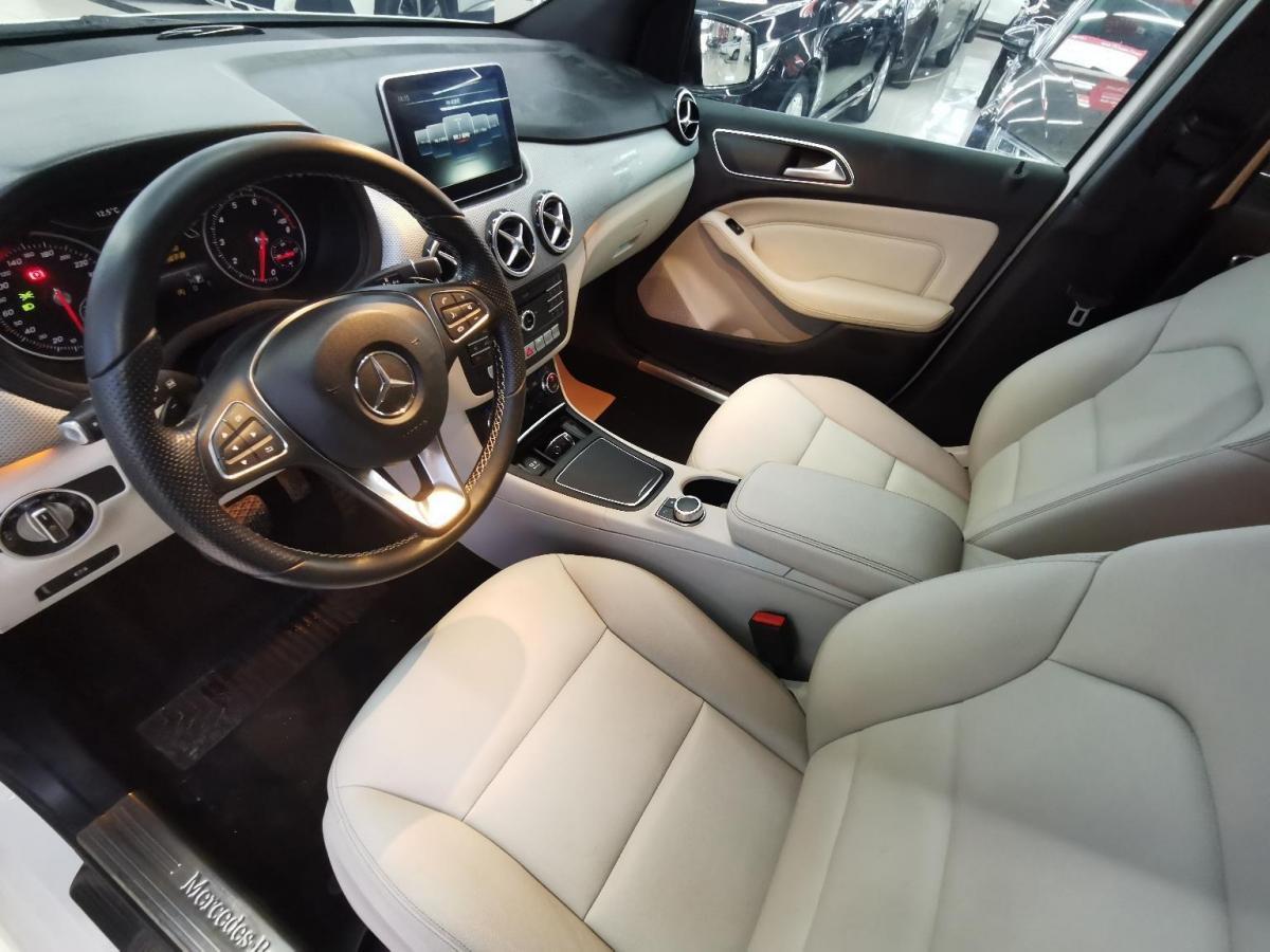 奔驰 奔驰B级  2017款 B 200 豪华型图片