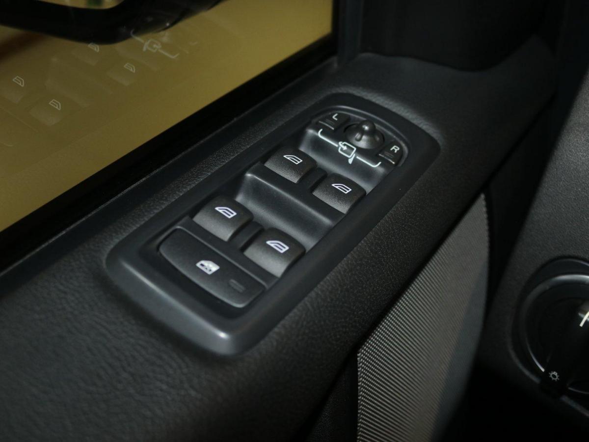 路虎 发现  2016款 3.0 V6 SC HSE图片