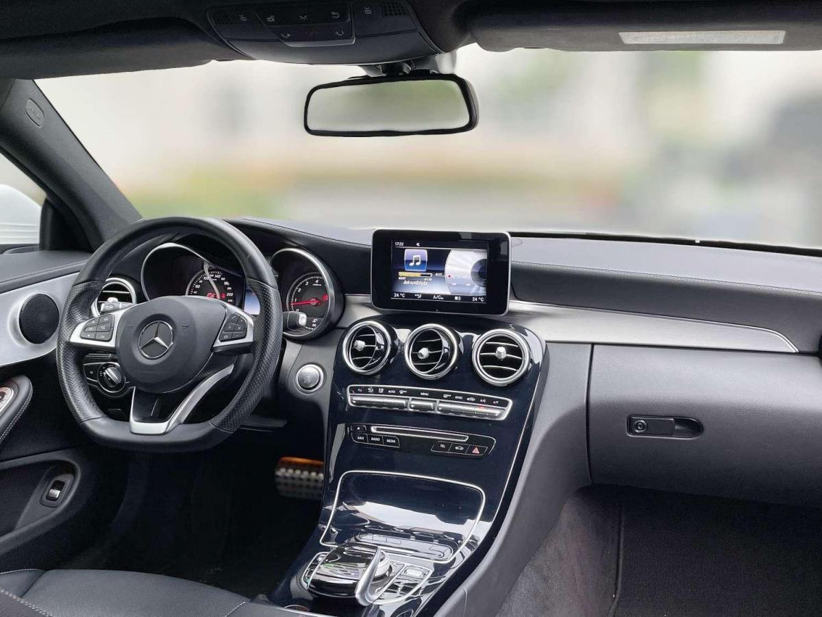 奔驰 奔驰C级  2016款 C 200 轿跑版图片
