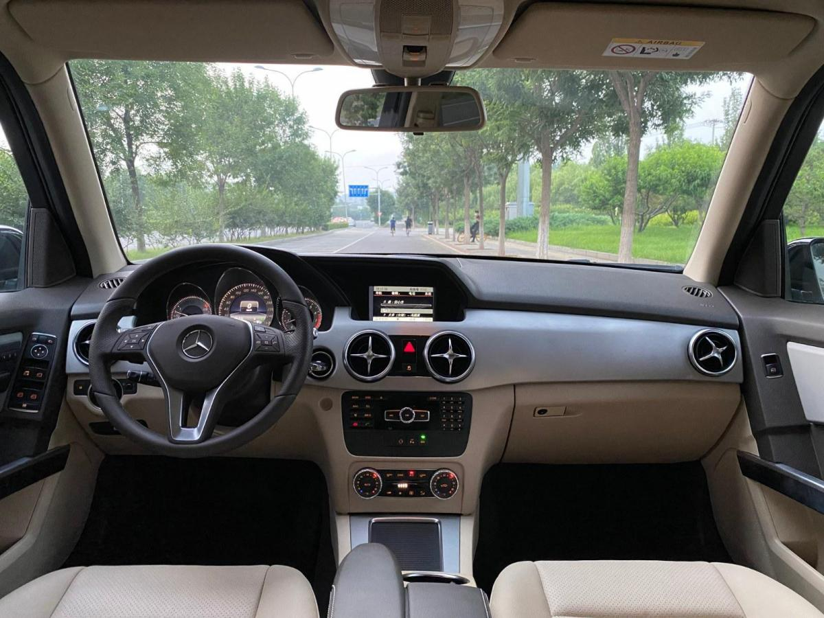 奔驰 奔驰GLK级  2014款 GLK 260 4MATIC 动感型图片