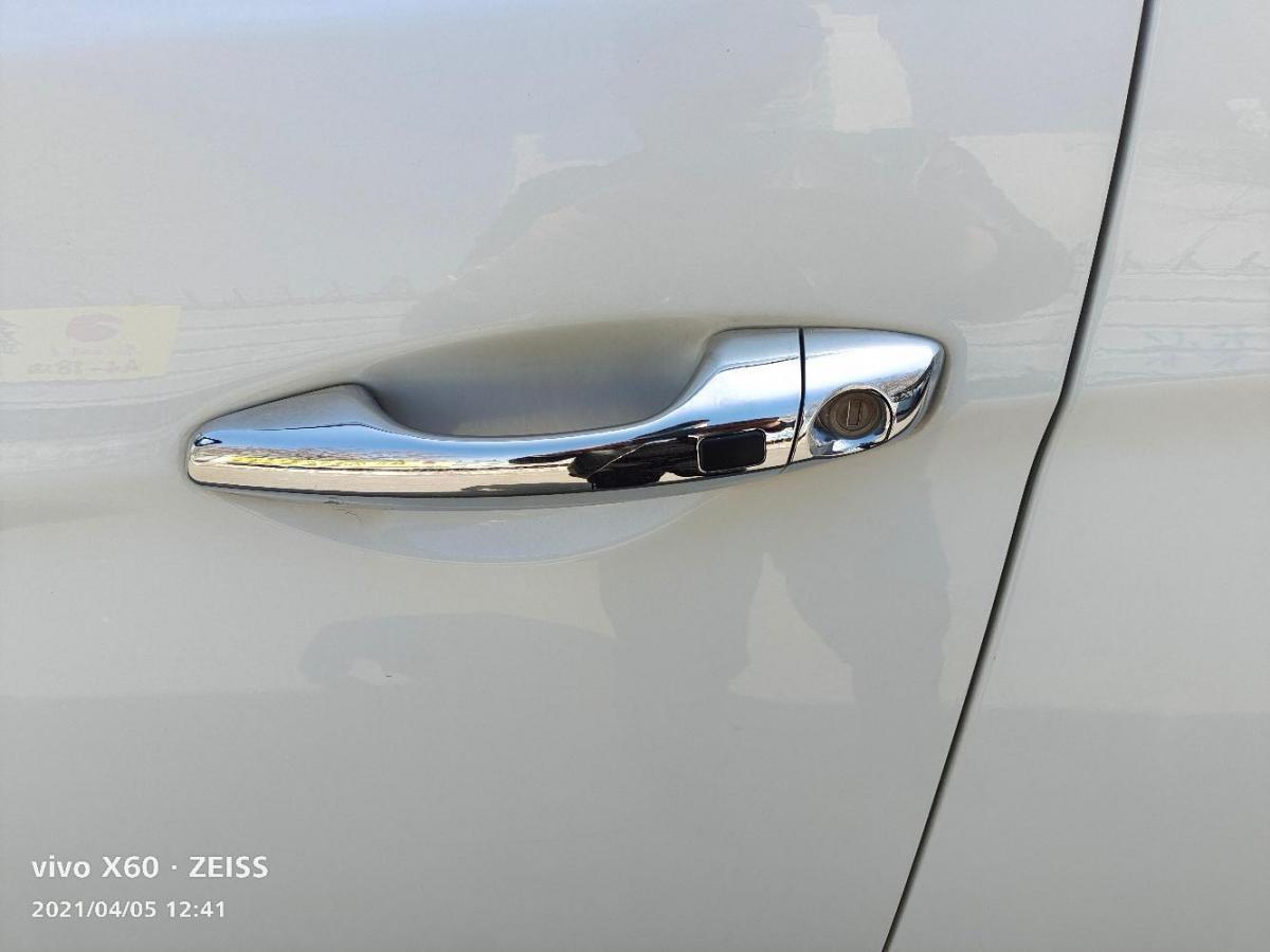 现代 格越  2013款 2.2T 7座四驱豪华版图片