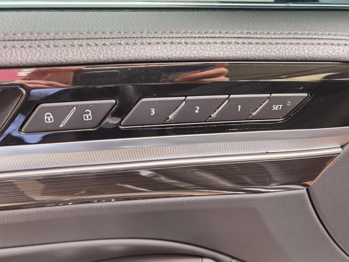 大众 辉昂  2018款 改款 380TSI 两驱商务版图片