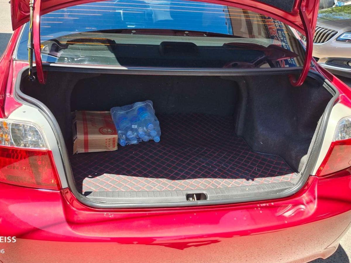 丰田 威驰  2003款 1.5L 自动图片