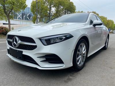 奔馳 奔馳A級  2020款 改款 A 200 L 運動轎車時尚型