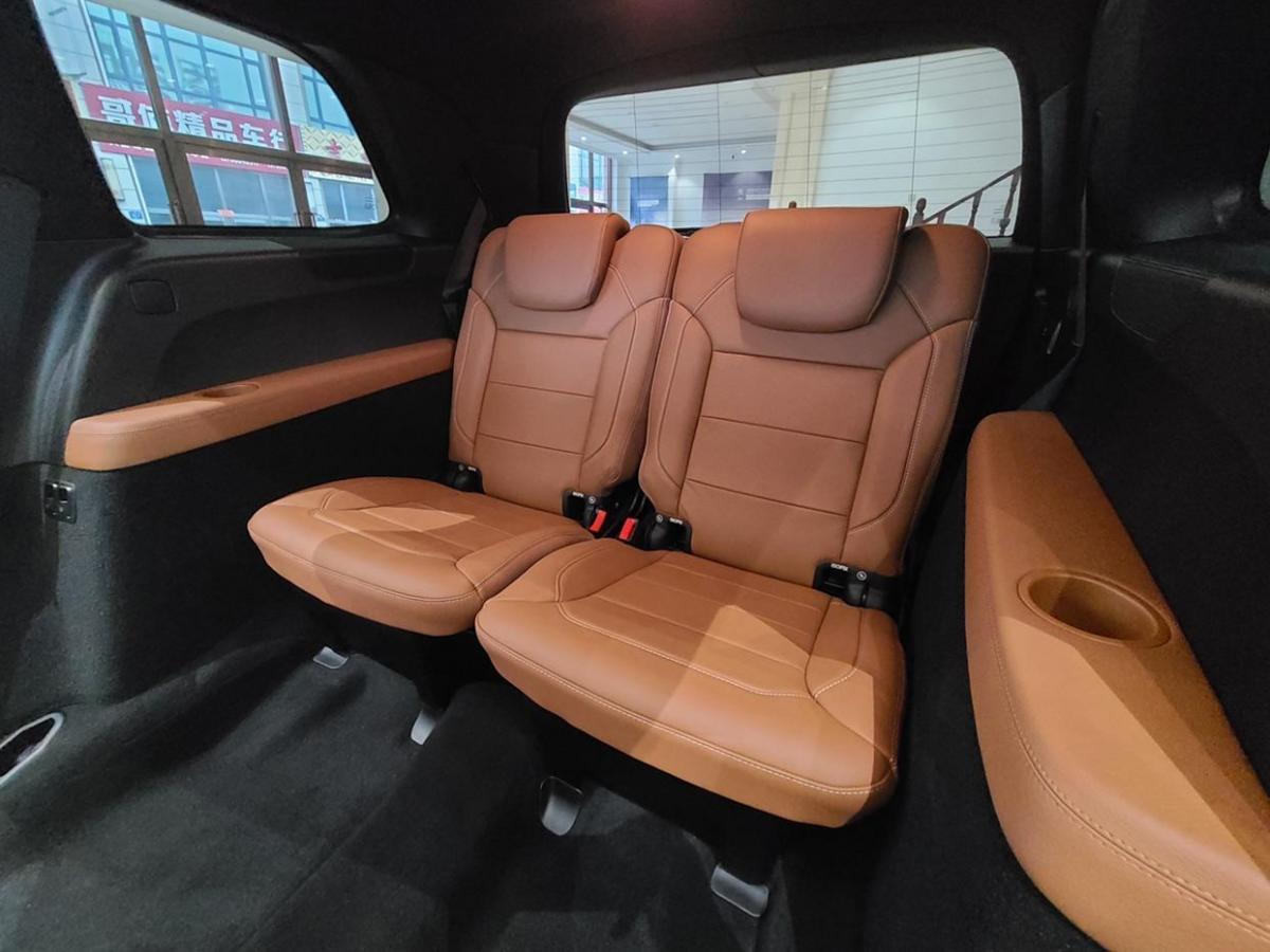奔驰 奔驰GLS  2017款 GLS 400 4MATIC豪华型图片