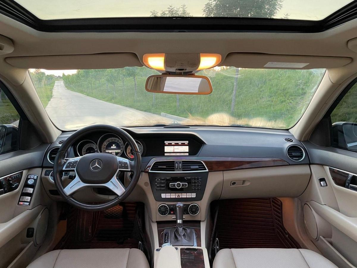 奔驰 奔驰C级  2013款 C 260 CGI 优雅型图片
