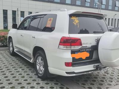 2019年6月 豐田 蘭德酷路澤  4.0L V6 中東低配版圖片