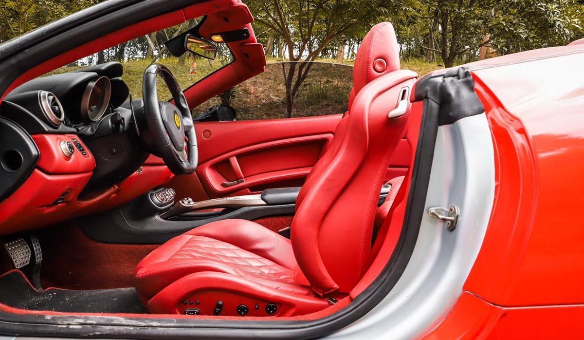 法拉利 California T  2009款 4.3L 标准型图片