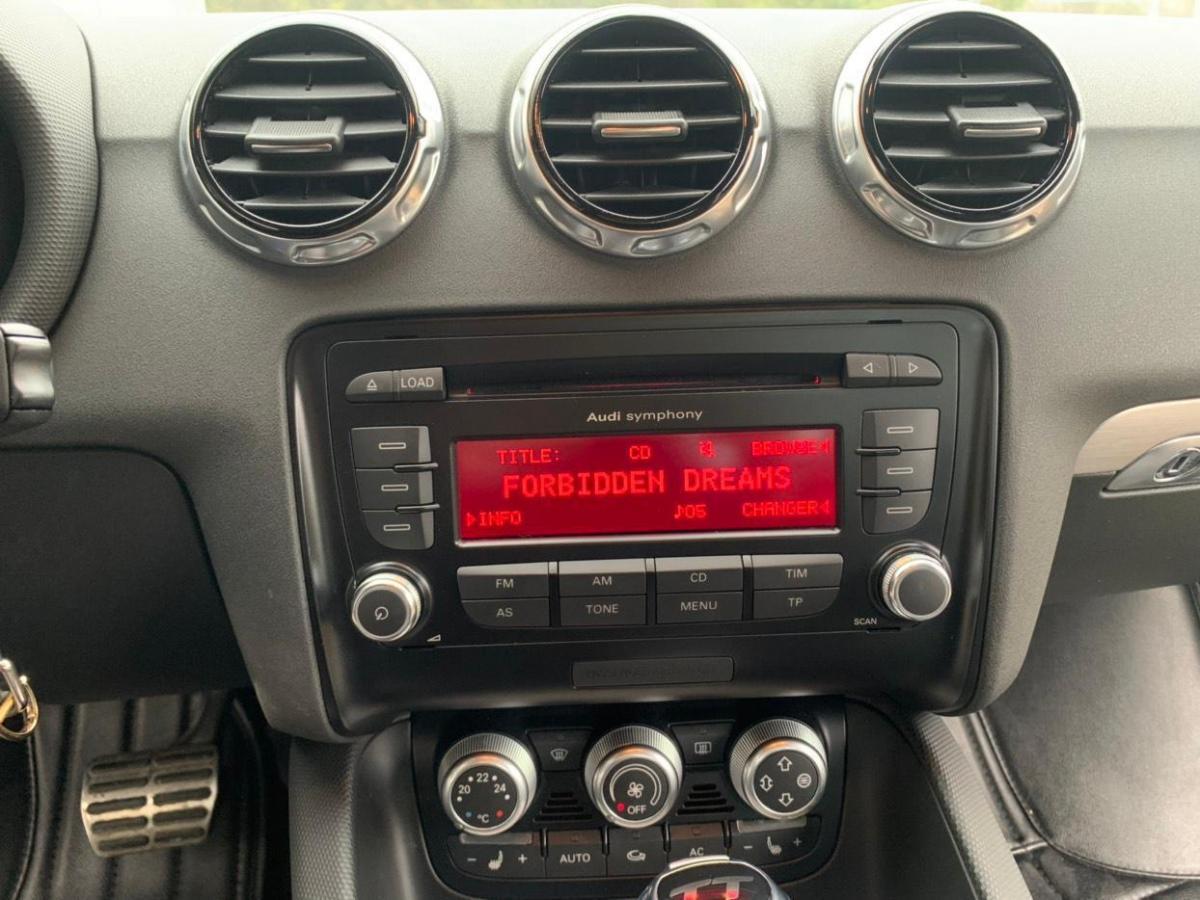 奥迪 奥迪TT  2012款 TT Roadster 2.0TFSI典雅版图片