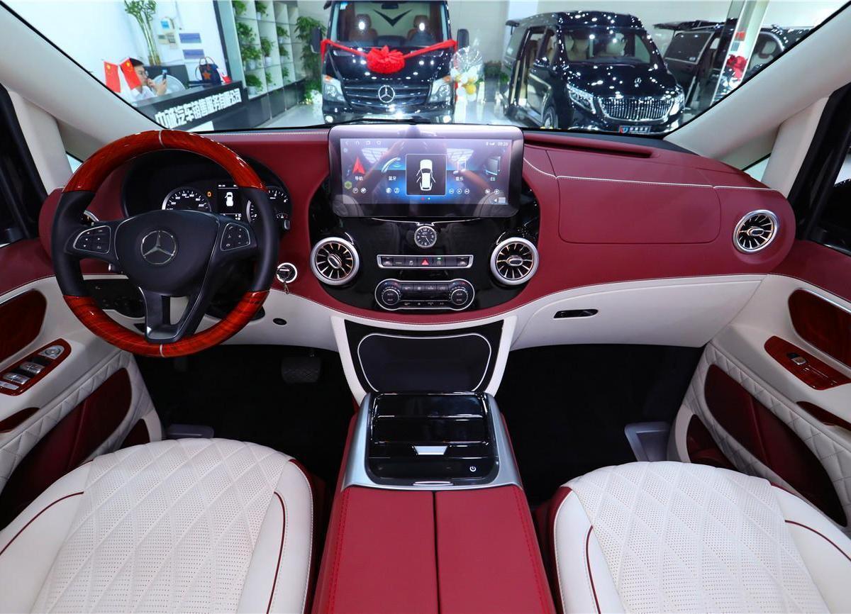 奔驰 威霆  2021款 2.0T 精英版 7座图片