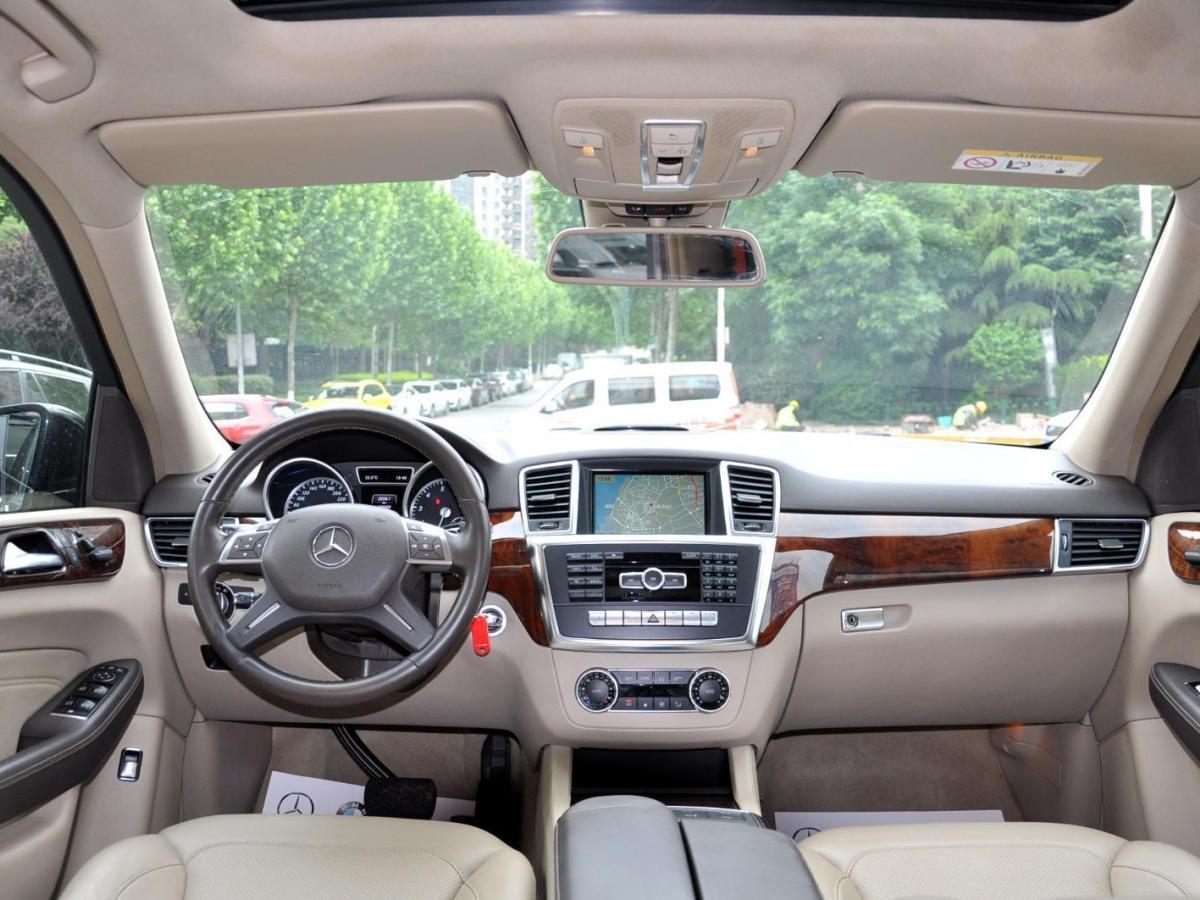 奔驰 奔驰M级  2014款 ML 400 4MATIC动感型图片