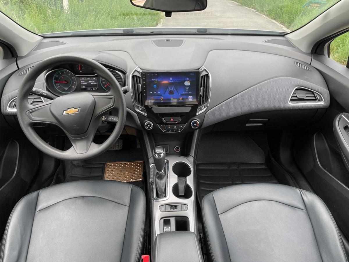 雪佛兰 科鲁兹  2018款 320 自动先锋天窗版图片