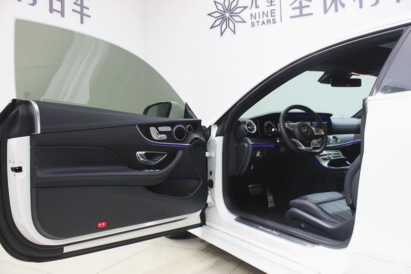奔驰 奔驰E级  2018款 E 200 轿跑车图片