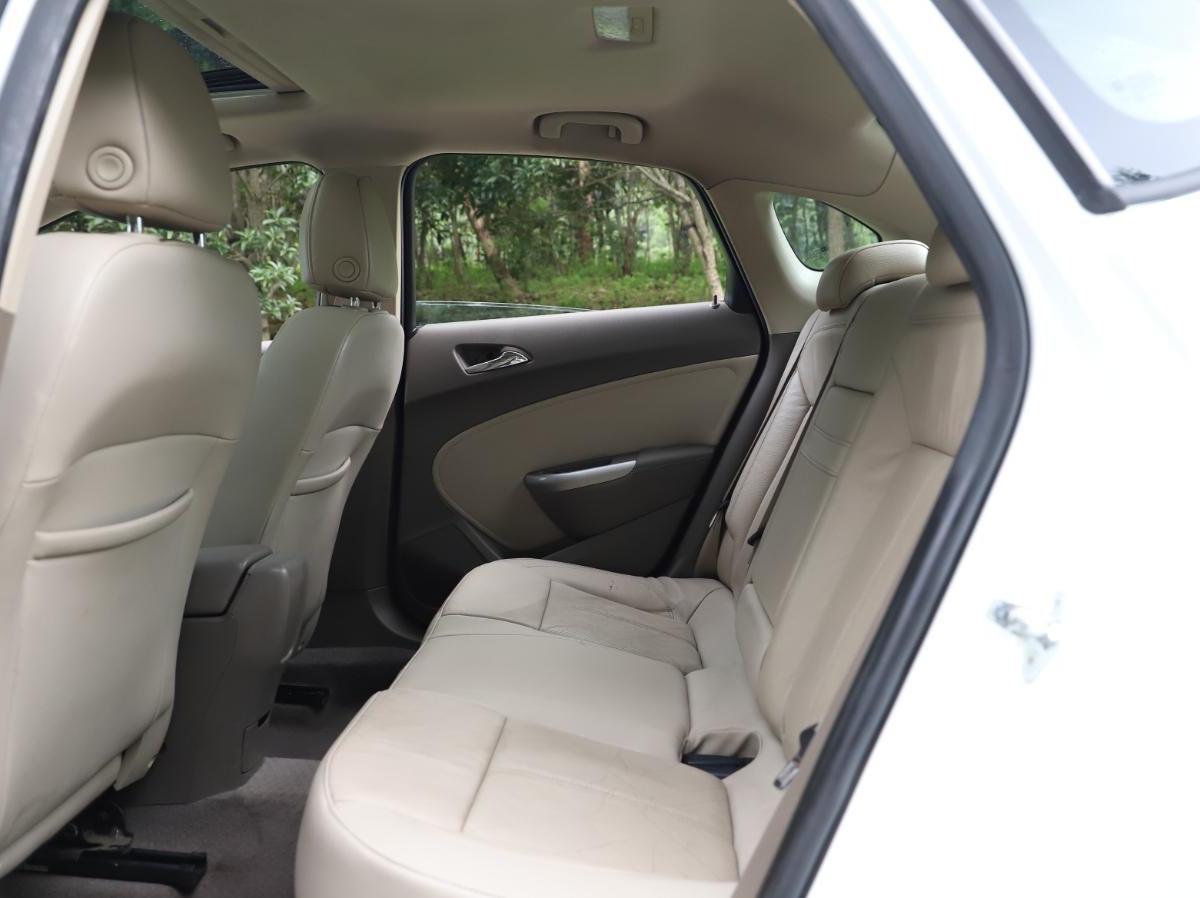 别克 英朗 2012款 GT 1.8L 自动时尚真皮版图片
