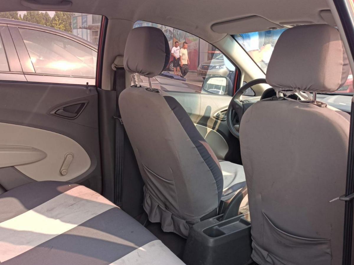 雪佛兰 赛欧  2010款 三厢 1.2L 手动理想版图片