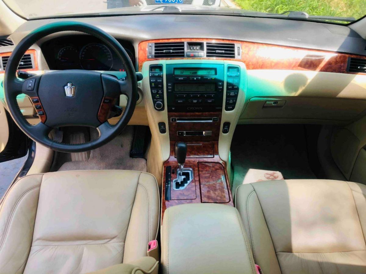 丰田 皇冠  2005款 3.0L Royal图片