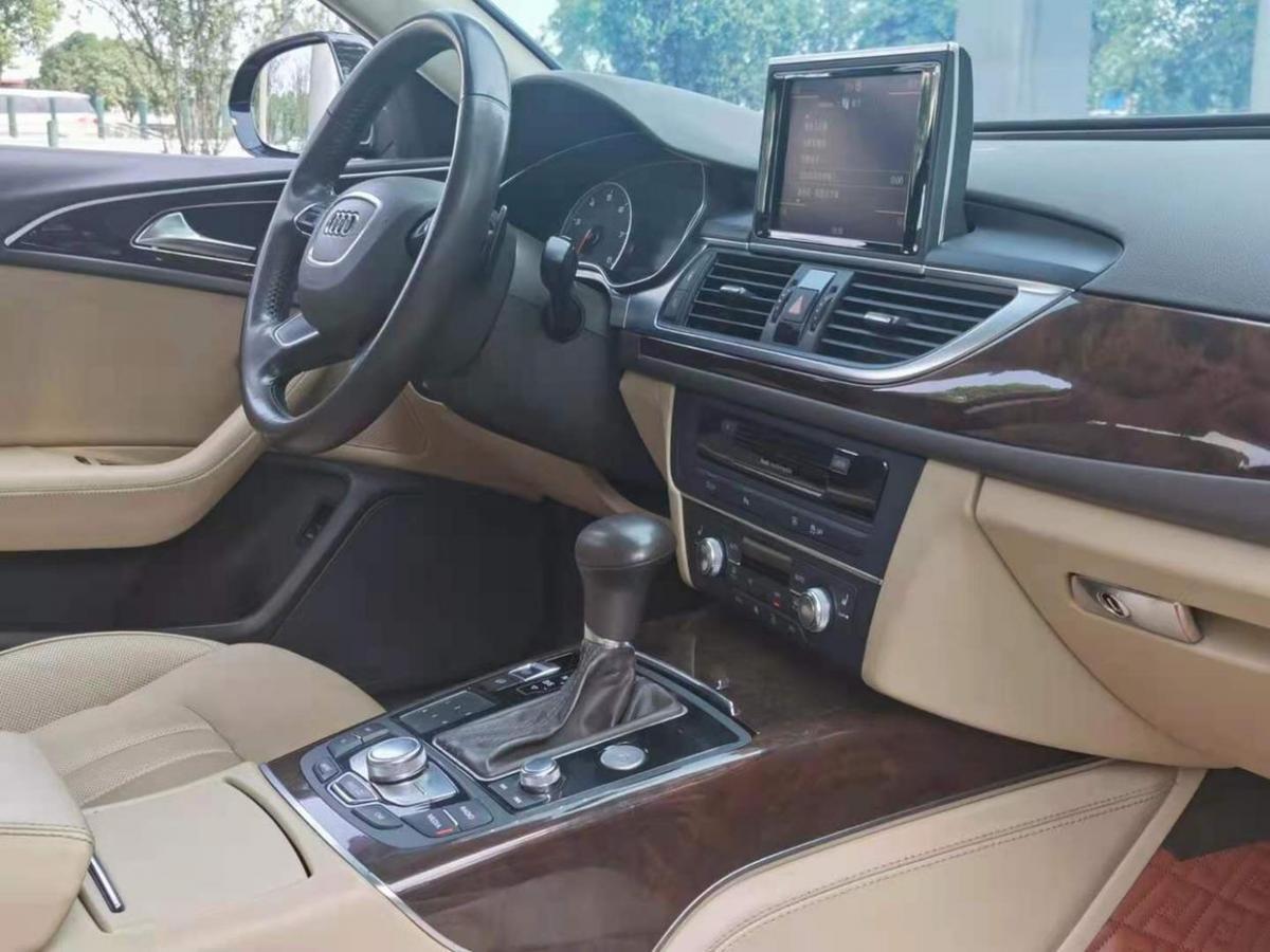 奥迪 奥迪A6L  2012款 35 FSI 豪华型图片