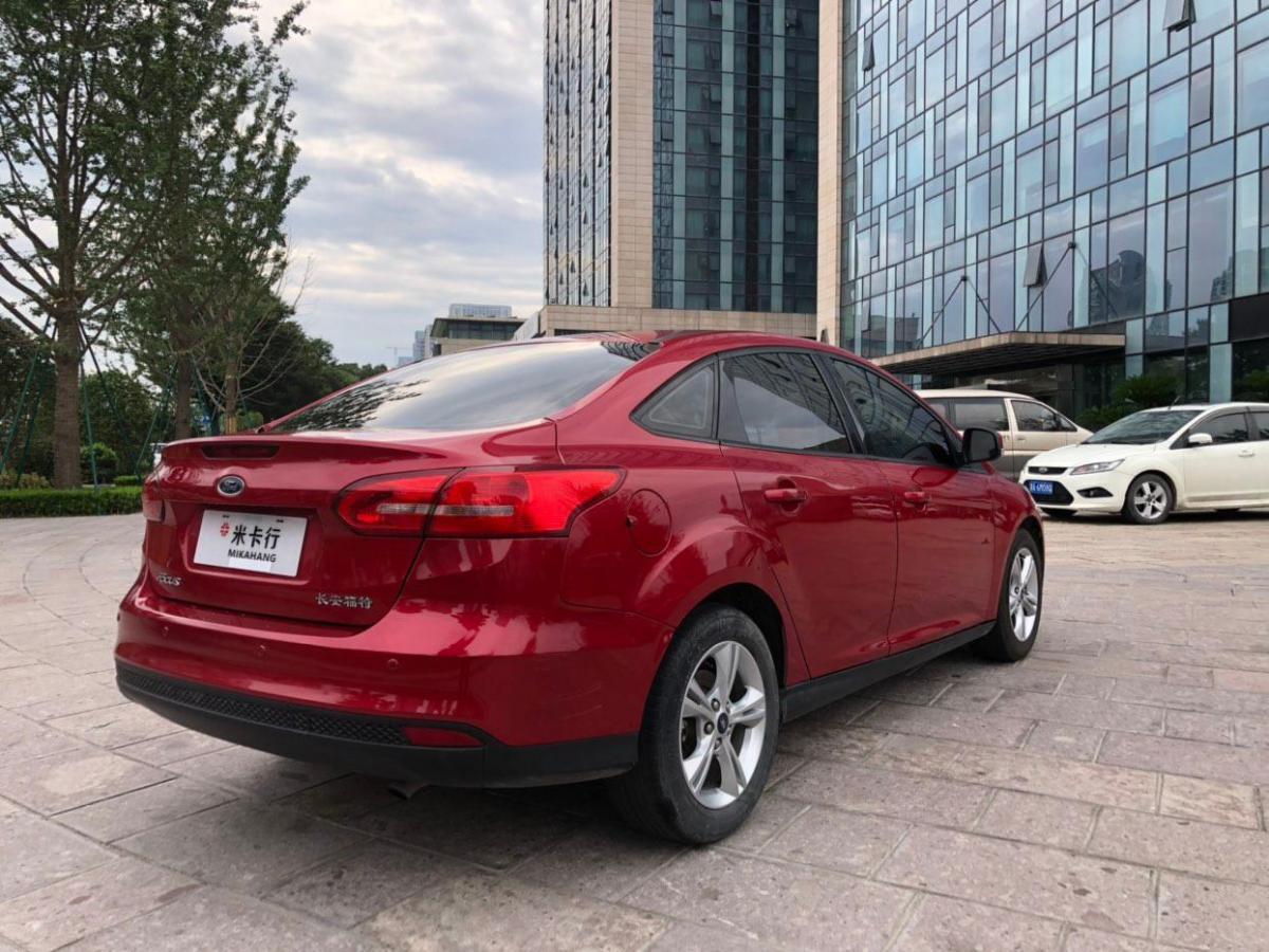 福特 福克斯  2015款 三厢 1.6L 手动舒适型图片
