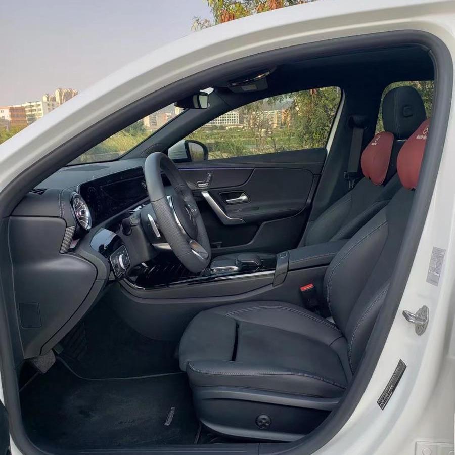 奔驰 奔驰A级  2020款 A 200 L 运动轿车图片