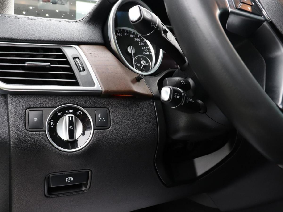 奔驰 奔驰GL级  2015款 GL 500 4MATIC图片