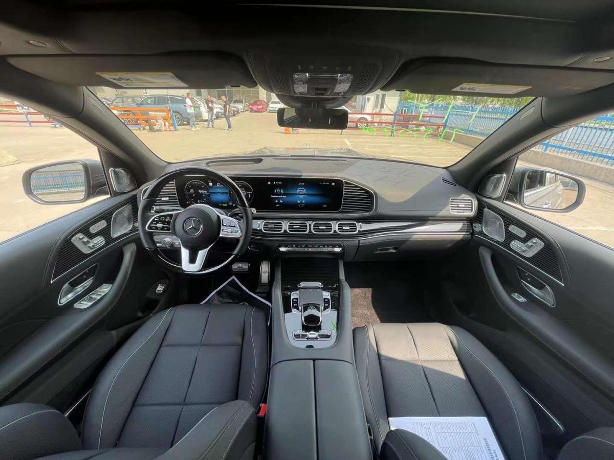 奔驰 迈巴赫GLS  2021款 GLS 600 4MATIC 礼尚版图片
