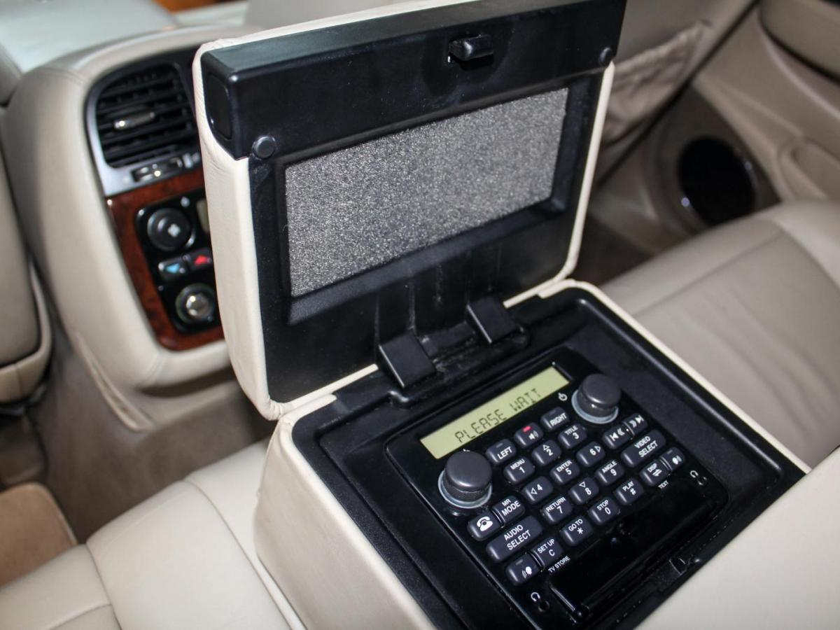 捷豹 XJ  2004款 XJ8 4.2图片